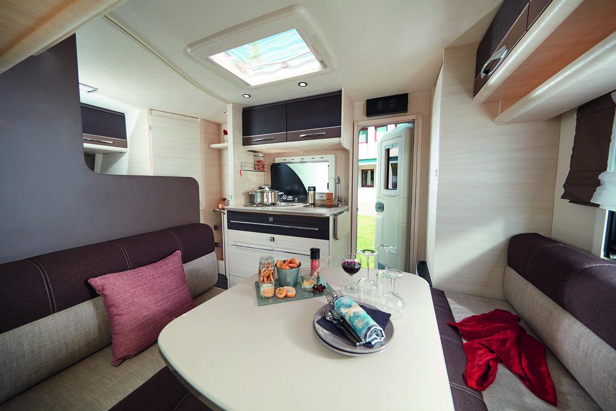 Dreier Etagenbett Wohnwagen : Caravelair caravan wohnwagen